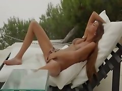 True pornstar Silvie fingering snatch