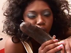 Delotta Brown 02