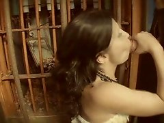 Rebecca  Linares Enter The Peep Show