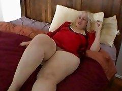 Aunt Rosa rubs her fat cunt