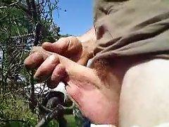 mastubation outdoor