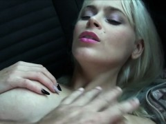 Big boobs blonde amateur fucks in the car