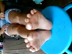 Country Milf Lucky's  1st footshow. Amazing