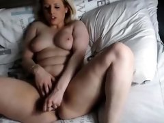 Hot Blonde Webcam Girl Fingering Pussy