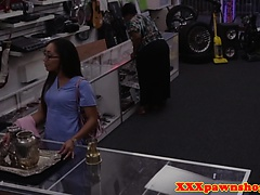 Spex pawnshop babe cocksucking for cash