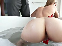 young bitch jillian janson posing and teasing in the tub