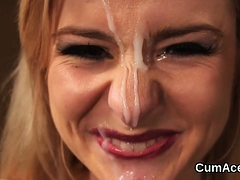 Foxy hottie gets sperm shot on her face sucking all the love