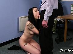 Slutty peach gets cumshot on her face sucking all the love j