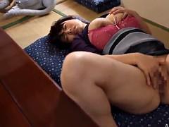 amateur solo model screams as she fondles hers big tits