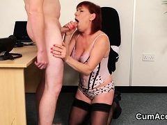 Wacky babe gets cumshot on her face eating all the ejaculate