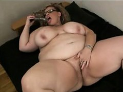 Fat huge bbw with fat tits playing Valentine from dates25com