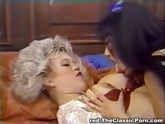 Lesbo ecstasy in luxurious house