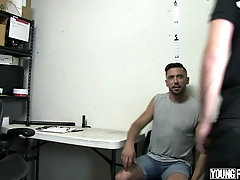 YoungPerps - Chiseled Security Guard Fucks A Handsome Thief