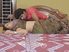 hot navel kissing