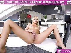VR PORN - Pussy For Breakfast  VR Masturbation