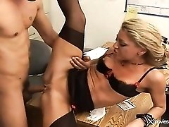 Office whore stripped to lingerie for anal sex
