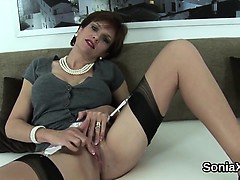Adulterous british mature lady sonia displays her enormous k