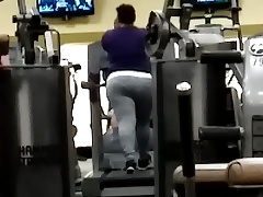 BBW Latina workout