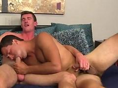 Hot gay Sergio Valen Fucks Bryan Cavallo