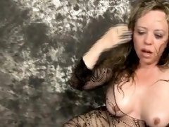 Blonde Tramp Mallory Taylor Gagging During Face Wrecking